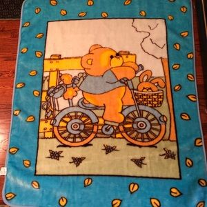 Korean heavy microfiber baby blanket Bear on bike